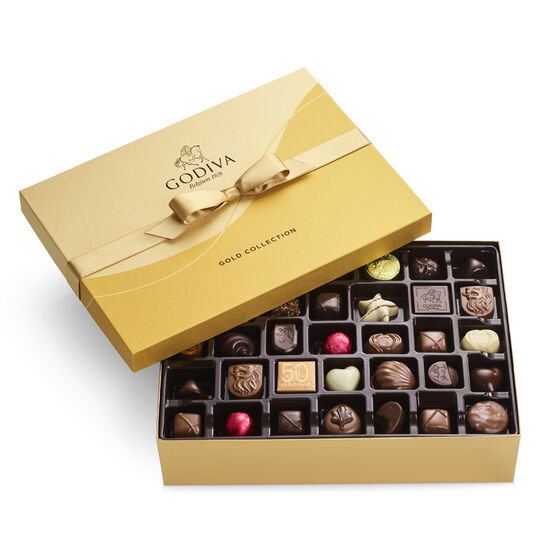 Boîte-cadeau or de chocolats assortis, ruban or, 70 mc. image number null